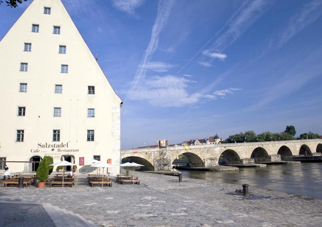 stadtrundfahrt n rnberg regensburg w rzburg city tour gallery. Black Bedroom Furniture Sets. Home Design Ideas